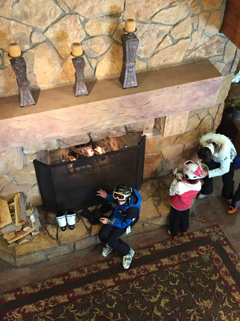 Log fires and rugs in the ski lodge - Deer Valley