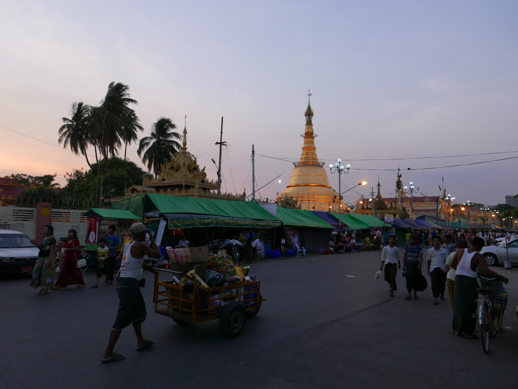 Early evening on a Yangon street