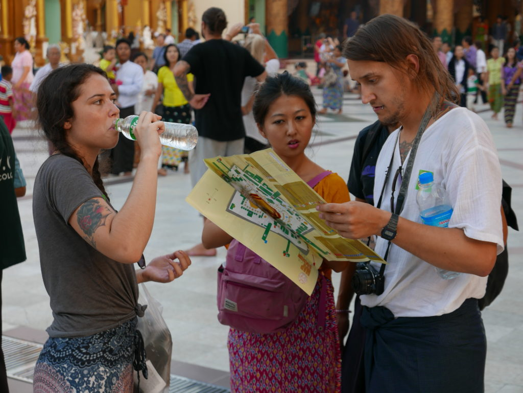 shwedagon pagoda 2017 tourists