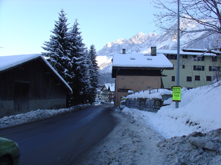 Snow covered and icy pavements in Les Houches made getting around on crutches interesting...!