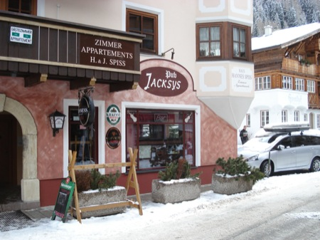 Things to do in St Anton - Jacksys Bar - a quiet bar with an Irish and skiing theme